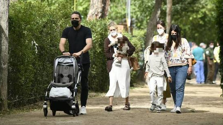 Marta Ortega, junto a su marido y sus hijos en el Concurso de Saltos Internacional 2021 de Madrid. (Limited Pictures)