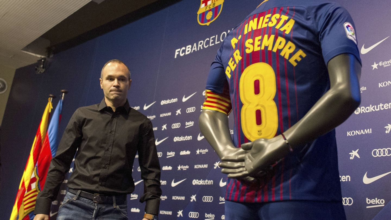 Iniesta renovó de por vida su contrato con el FC Barcelona el pasado mes de octubre. (EFE)