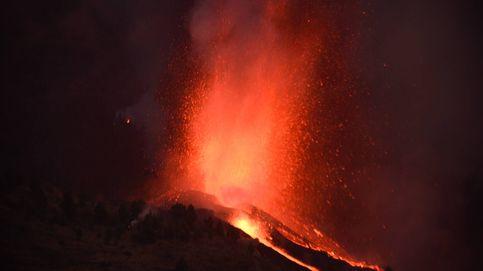 Una nueva boca del volcán obliga a más desalojos en La Palma