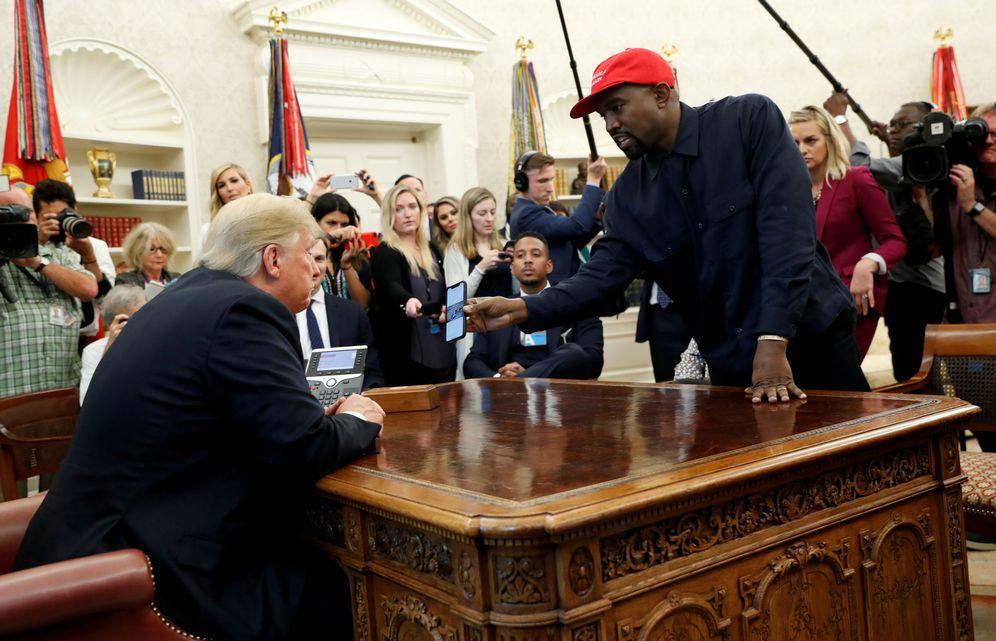 Foto: Donald Trump y Kanye West, en el despacho oval. (Reuters)