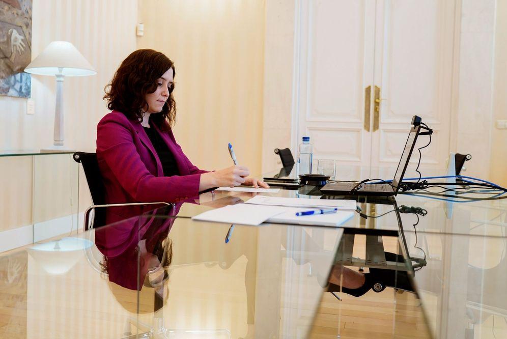 Foto: La presidenta de la Comunidad de Madrid, Isabel Díaz Ayuso, este 14 de mayo. (EFE)