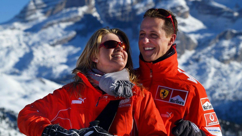 Michael Schumacher junto a su mujer Corinna. (EFE)