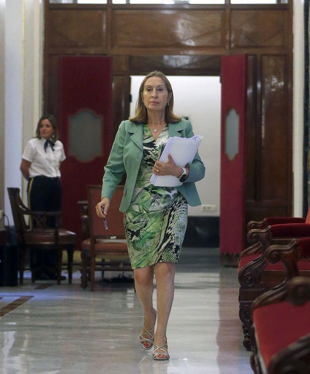 Foto: Ana Pastor, a su llegada este 12 de septiembre a la reunión de la Mesa del Congreso. (EFE)