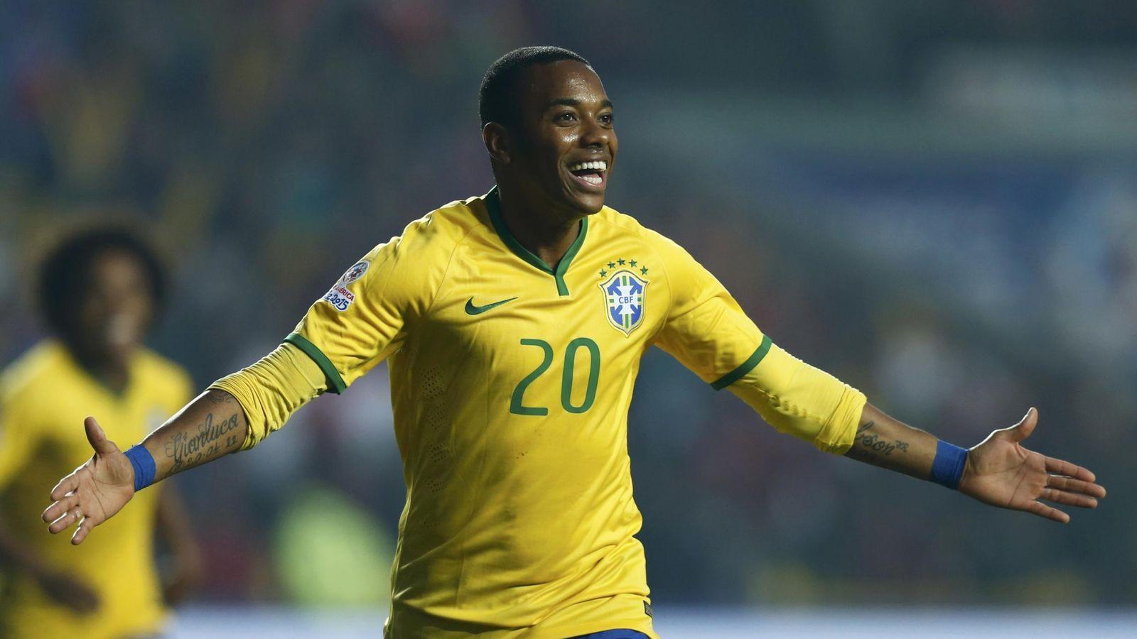 Foto: Robinho celebra un gol en la Copa América 2015. (Reuters)
