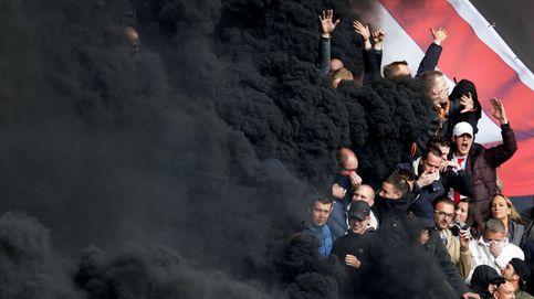 Bomba de humo en el PSV Ajax