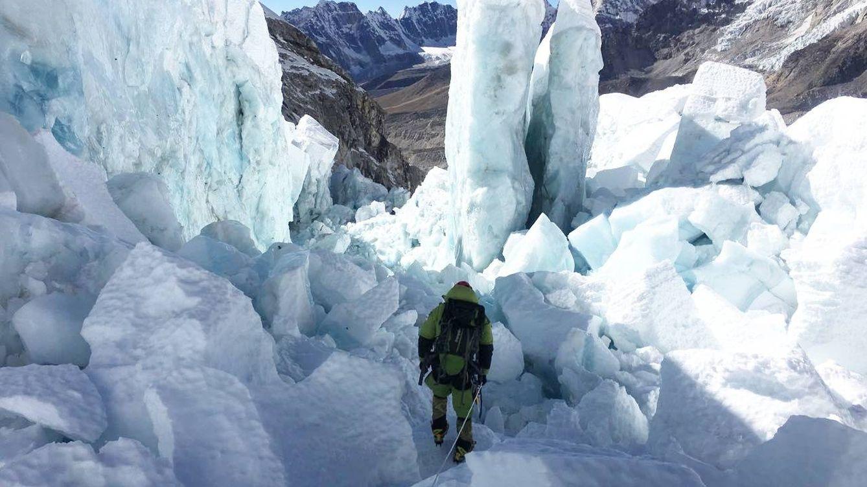 El Everest dijo 'no' a Alex Txikon: Podemos perder los dedos de pies y manos