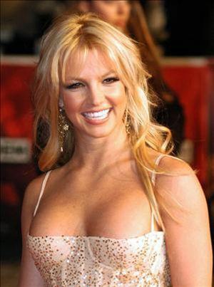 Britney Spears abandona una entrevista para ducharse
