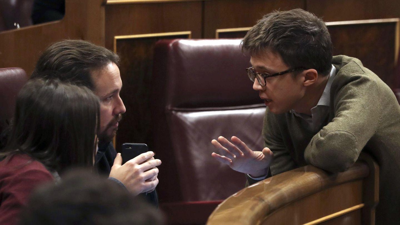 Errejón, Igleisas y Montero, discuten en el Congreso. (EFE)