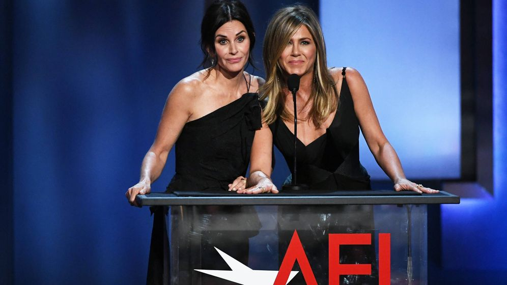 Foto:  Courteney Cox y Jennifer Aniston. (Getty)