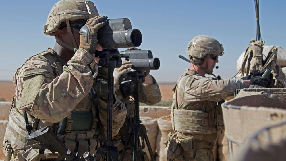 Foto: Soldados estadounidenses en Manbech, Siria (Reuters)