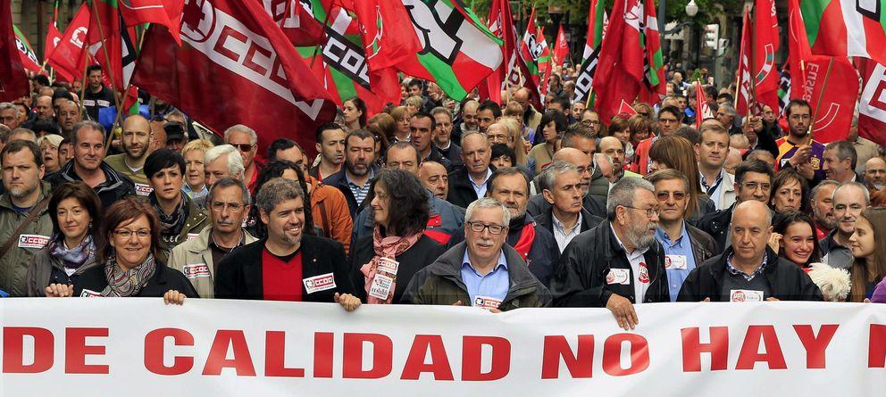 Foto: Los secretarios generales de CCOO, Ignacio Fernández Toxo y de UGT, Cándido Méndez (Efe)