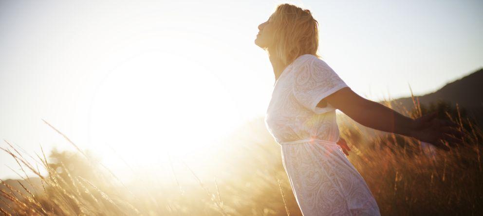 Foto: La felicidad también es un hábito y hay que saber enfocar la mente en el aquí y el ahora. (Corbis)