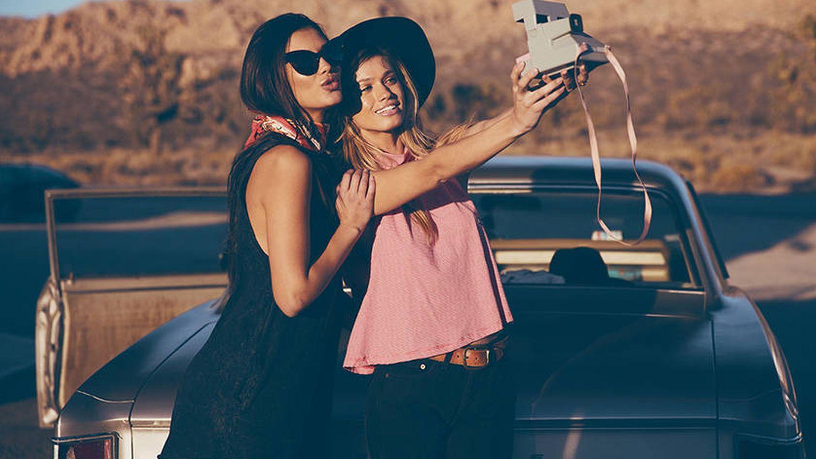 Foto: Las microinfluencers generan más impactos con menos seguidores. (Imagen: Wildfox)
