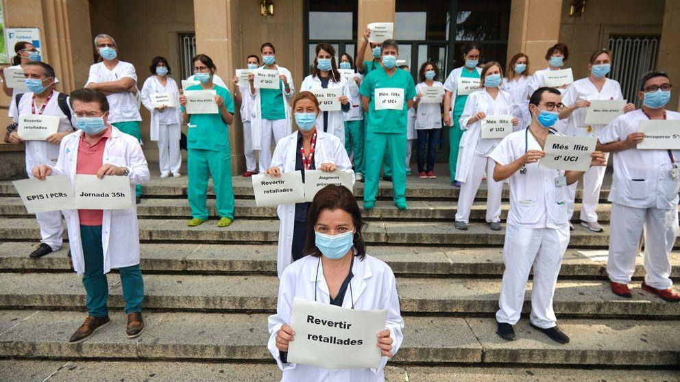 El personal sanitario de Madrid protesta en la calle por la precariedad laboral