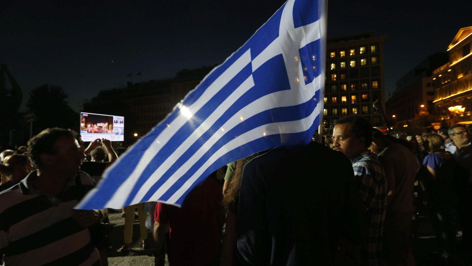 Foto: Manifestación por el 'no', en el referéndum que se celebró ayer en Grecia. (Reuters)