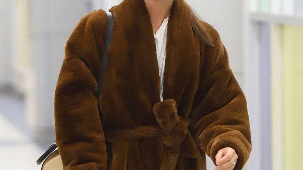 Combate los últimos días de frío como Alicia Vikander con un total look de menos de 70€