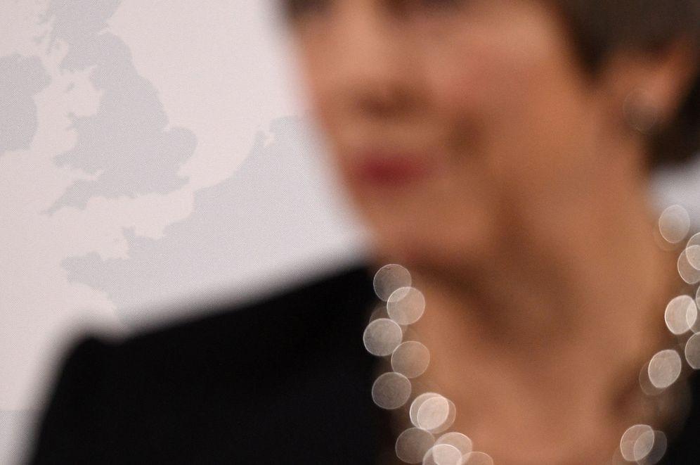 Foto: Theresa May delante de un mapa del Reino Unido, en marzo de 2018. (Reuters)
