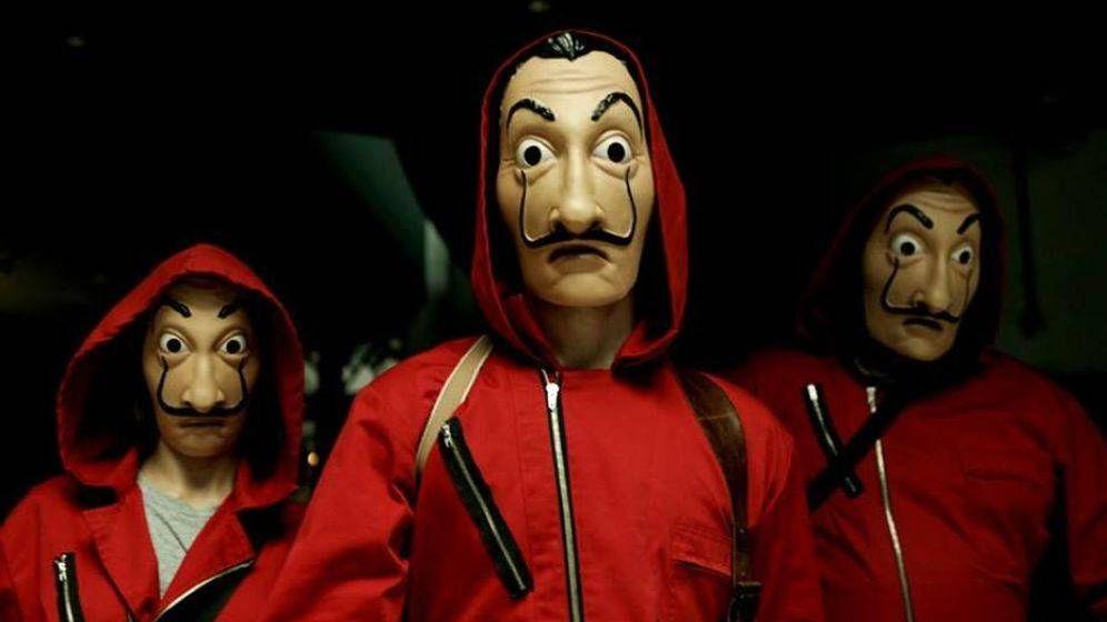 Foto: Las máscara de Dalí en 'La casa de papel'. (Netflix)