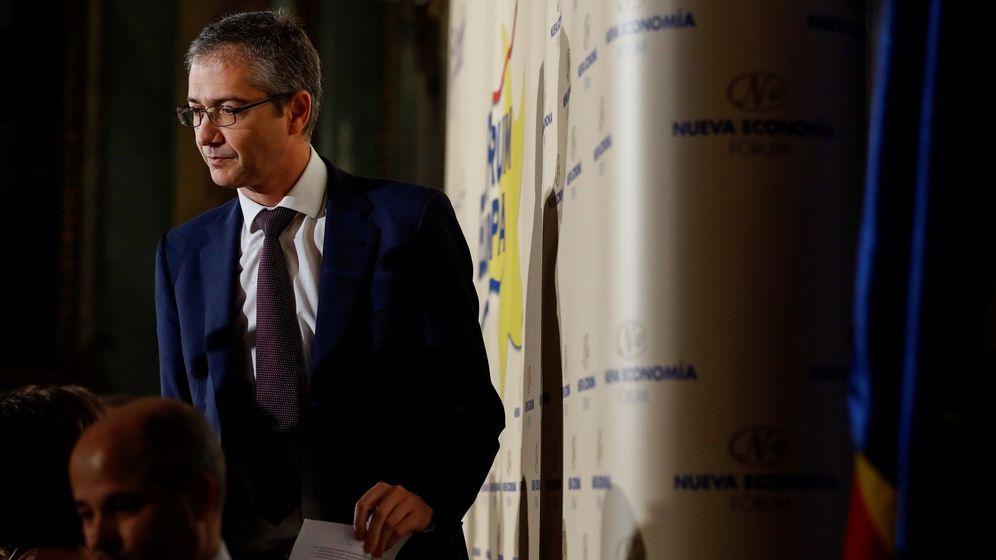 Foto: El gobernador del Banco de España, Pablo Hernández de Cos, en un desayuno. (EFE)