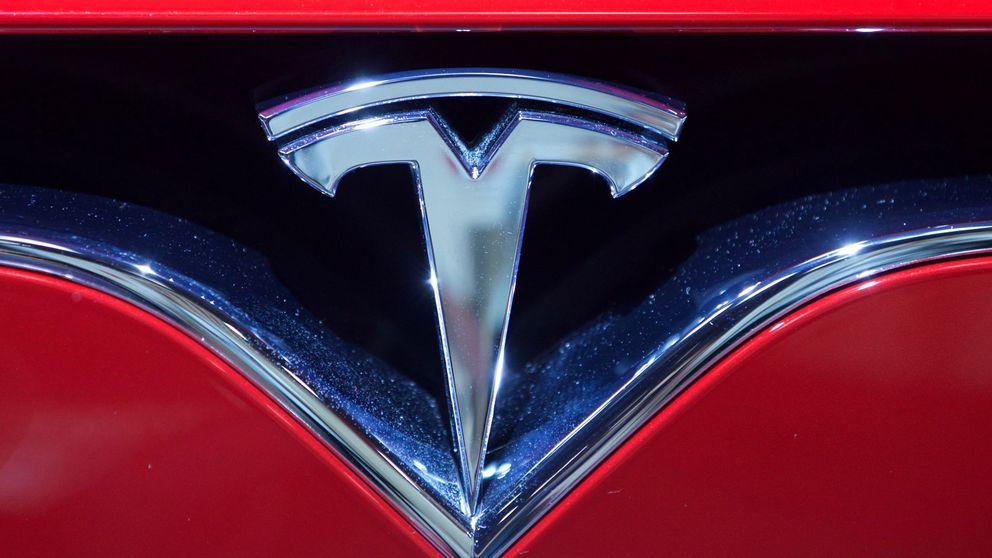 Tesla cae en bolsa tras los resultados: sigue dando beneficios, pero pierde a su CFO