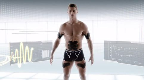 Cristiano Ronaldo presume de músculos en un anuncio de un producto fitness