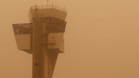 Reabre el aeropuerto de Gran Canaria, pero se mantiene la alerta por viento y calima