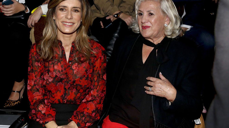 Begoña Gómez vuelve a la Fashion Week con una camisa con mensaje