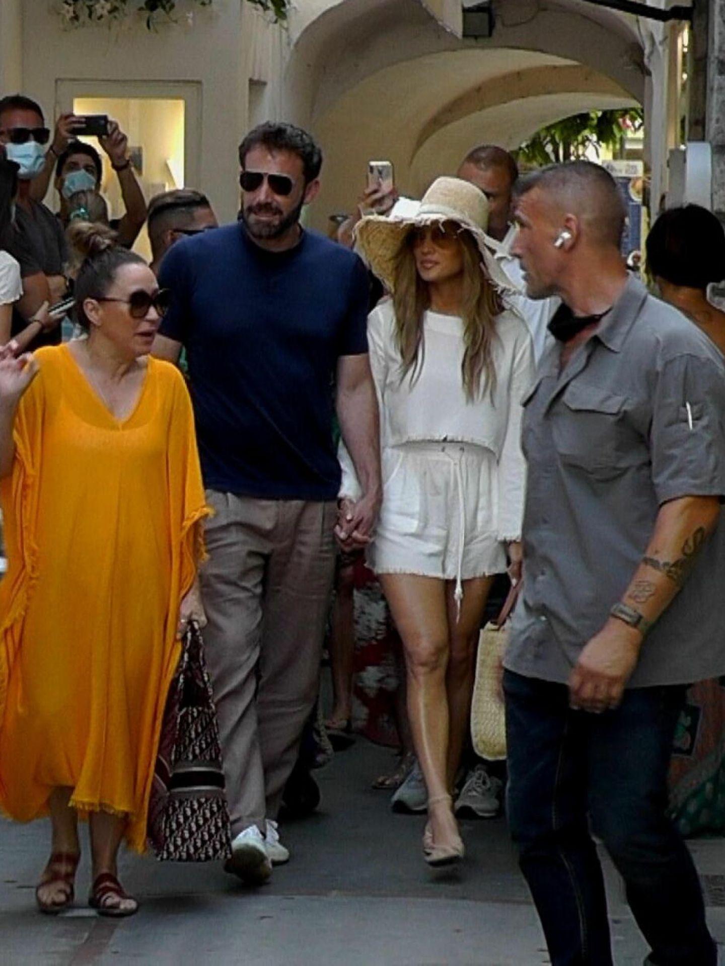 Jennifer Lopez y Ben Affleck en Capri el pasado mes de julio. (EFE)