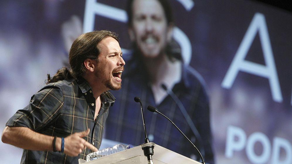 Foto: El secretario general de Podemos, Pablo Iglesias, durante su intervención en el mitin central del partido en Zaragoza. (Efe)