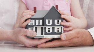 ¿Puede hipotecarse una casa que está a nombre de dos menores de edad?