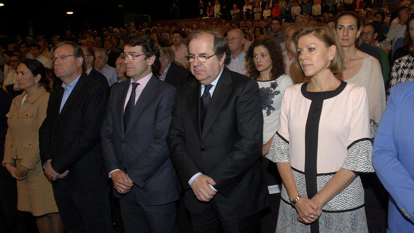 Foto: De izquierda a derecha, Antonio Silván, Alfonso Fernández Mañueco y Juan Vicente Herrera, en una foto de archivo. (EFE)