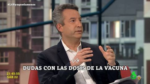 César Carballo estalla por la decisión de combinar dos vacunas