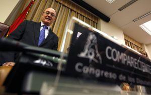 Linde y De Guindos plantan al Parlament con la comisión de cajas