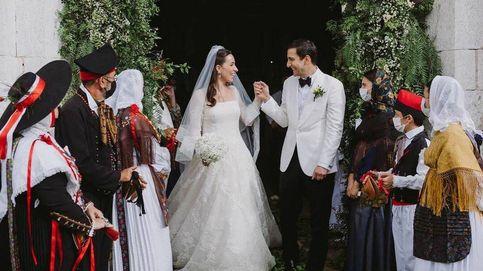 Un espectacular vestido de Valentino para una boda única en Ibiza