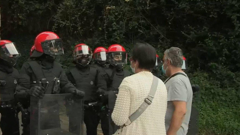 Dos detenidos en las protestas contra la ocupación de la casa de un anciano