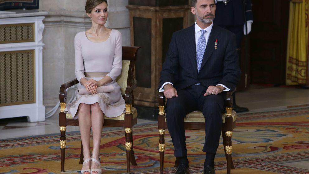 La Reina celebra el primer aniversario de un día imborrable con un vestido de princesita
