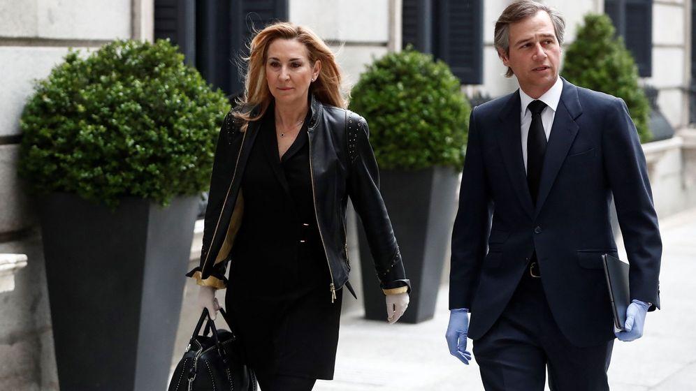 Foto: Los diputados del PP Antonio González Terol y Ana María Beltrán. (EFE)
