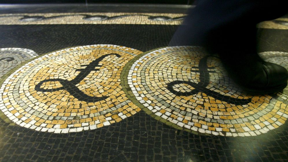 Foto: La libra sigue en mínimos tras el Brexit