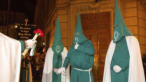 Los indultos de las cofradías: Es una tradición desde Carlos III y no un paripé