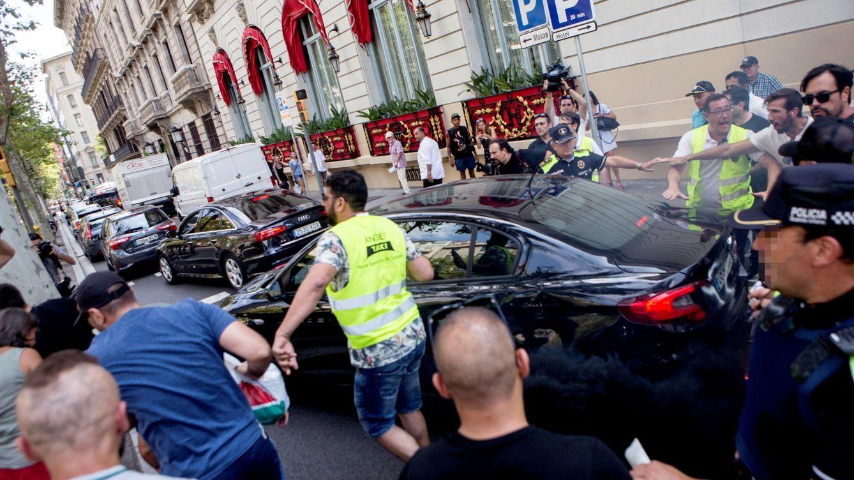 Dos detenidos por el ataque a un vehículo VTC que llevaba a una familia en Barcelona