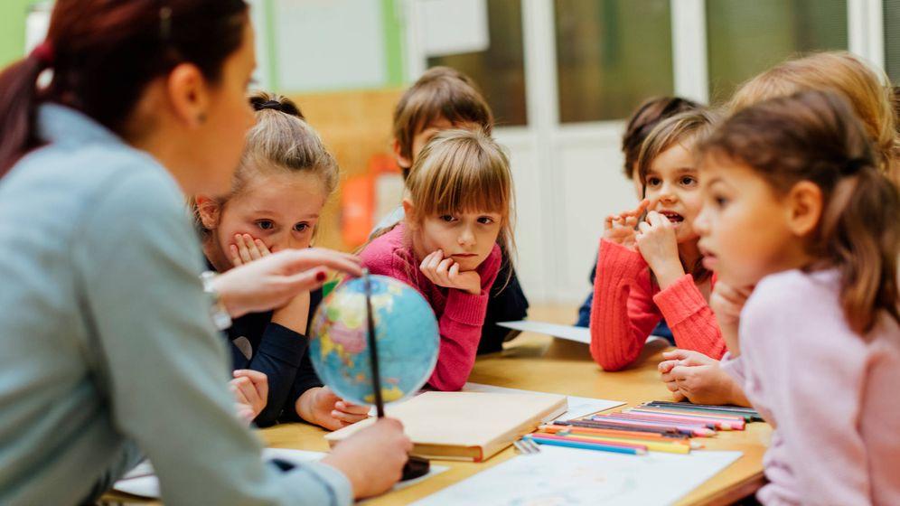 Foto: Niños de primaria que deberían ver una gran revolución en los colegios. (iStock)