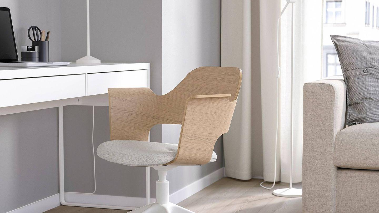 Busca la mejor silla para tu despacho, como esta de Ikea. (Cortesía)