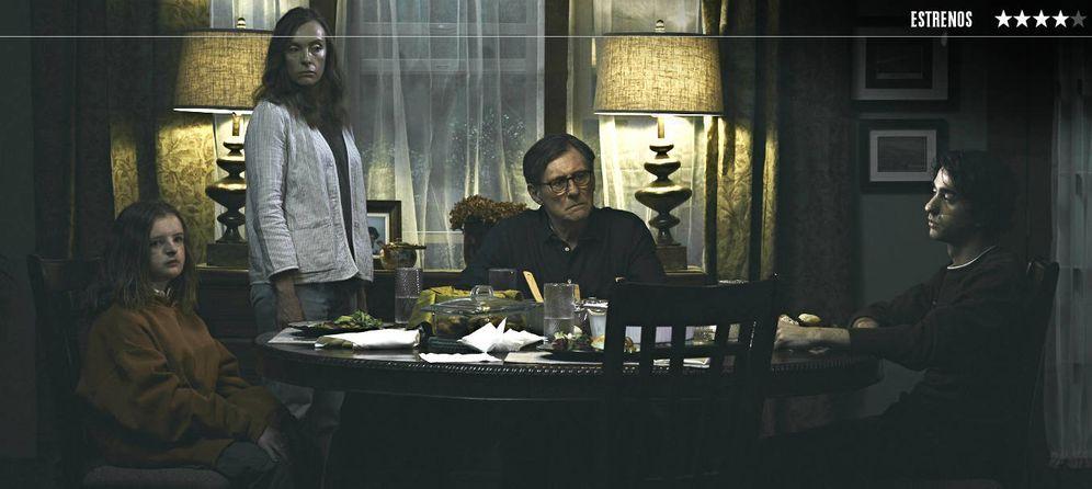 Foto: Toni Collette y Gabriel Byrne protagonizan una de las mejores películas de terror del año. (DeAPlaneta)