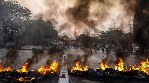 La Junta militar birmana amplía la ley marcial tras un fin de semana sangriento