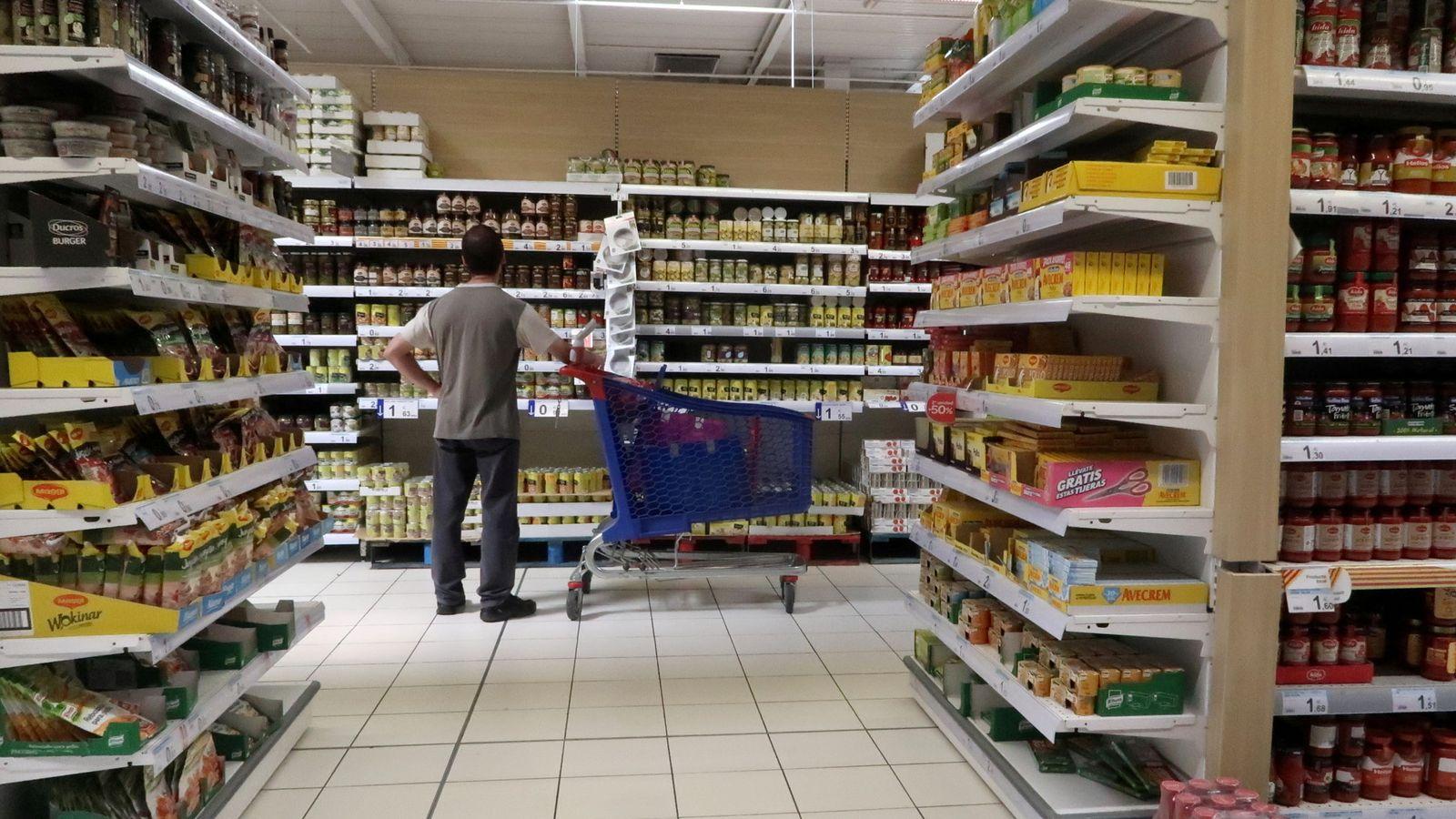 Foto: España tiene casi 24.000 tiendas de gran consumo. (Reuters)