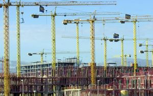 Guerra en Francia por los precios de las constructoras españolas