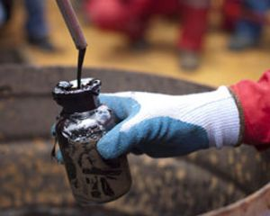 La caída de la previsión de demanda mantiene el precio del petróleo en mínimos