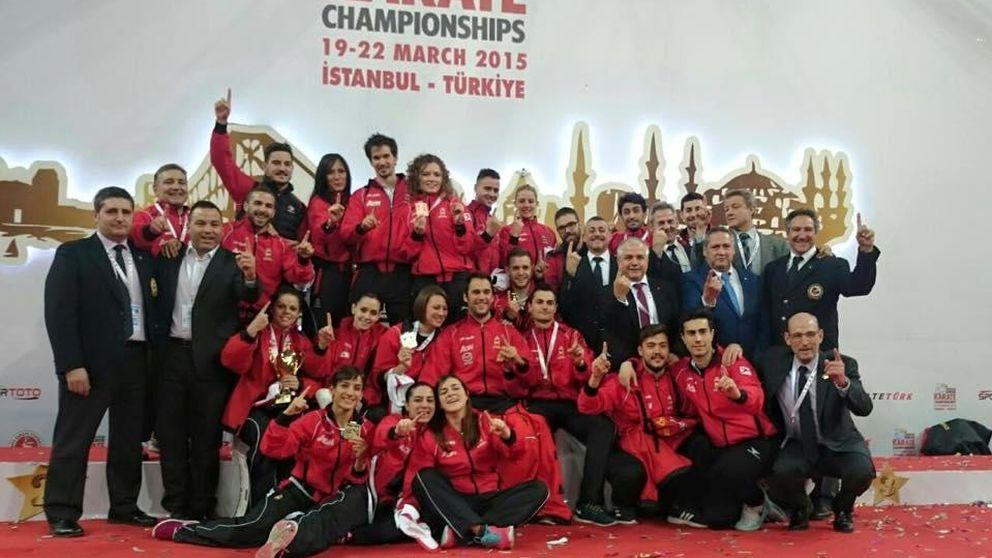 España cierra el Europeo de kárate con dos medallas por equipos