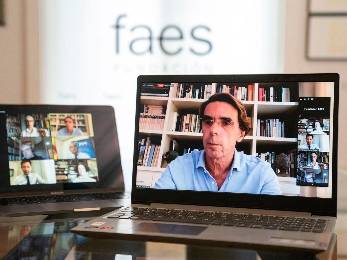 Foto: Aznar inaugura las jornadas telemáticas 'Centrados en Europa' de FAES. (EFE)