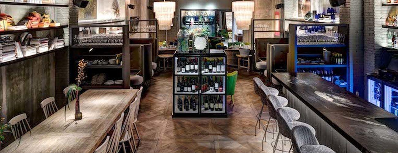 Un restaurante donde comprar flores y otros lugares for Lugares donde venden muebles